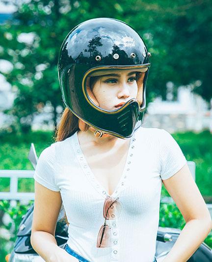 """Top 5 kiểu mũ bảo hiểm nữ đẹp được """"săn lùng"""" nhiều nhất"""
